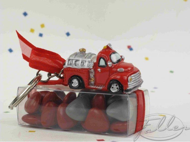 Camion de pompier porte cle et dragees bapteme