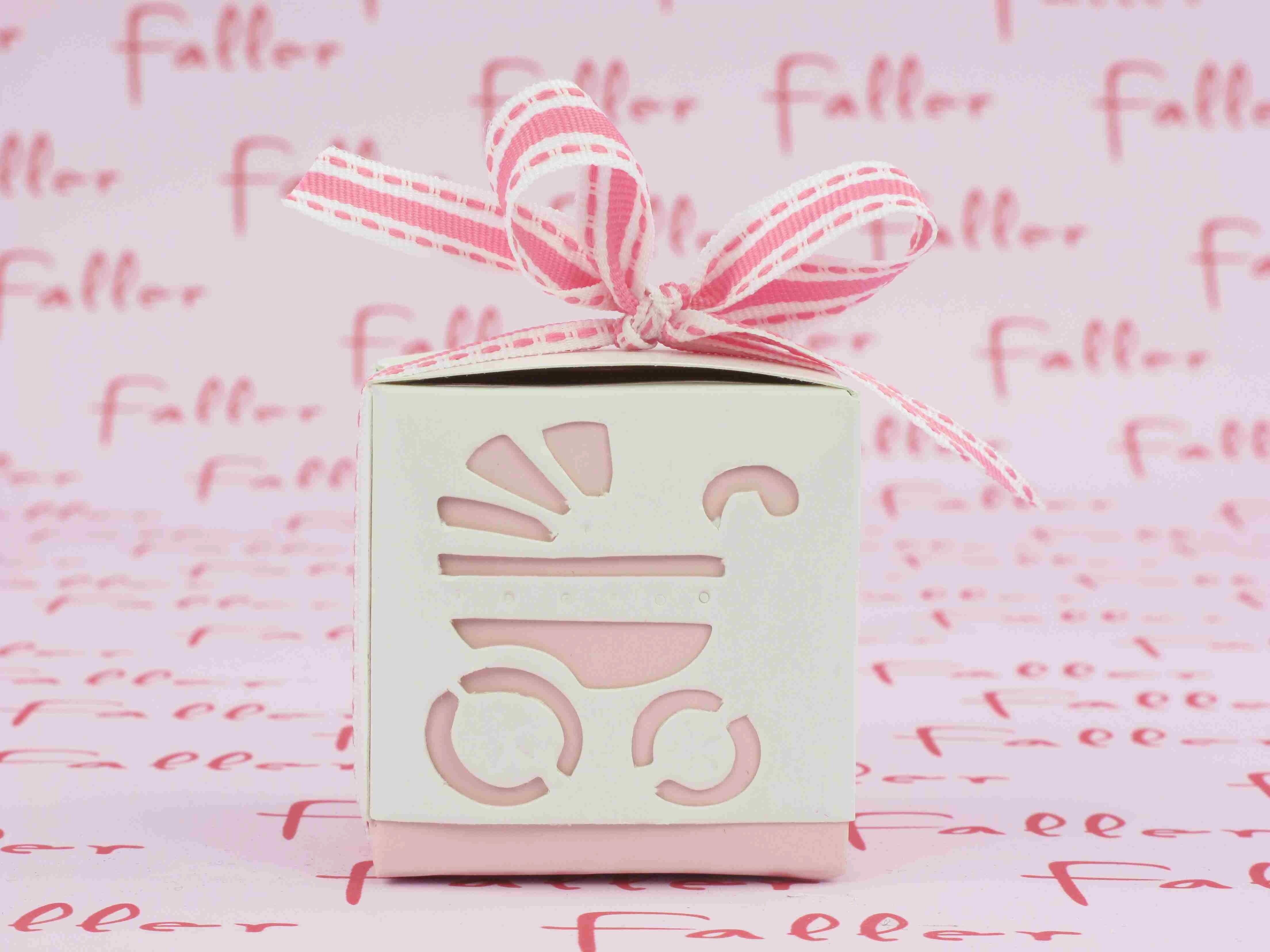 Boite drag es en carton d co landau pour fille - Boite en carton deco ...