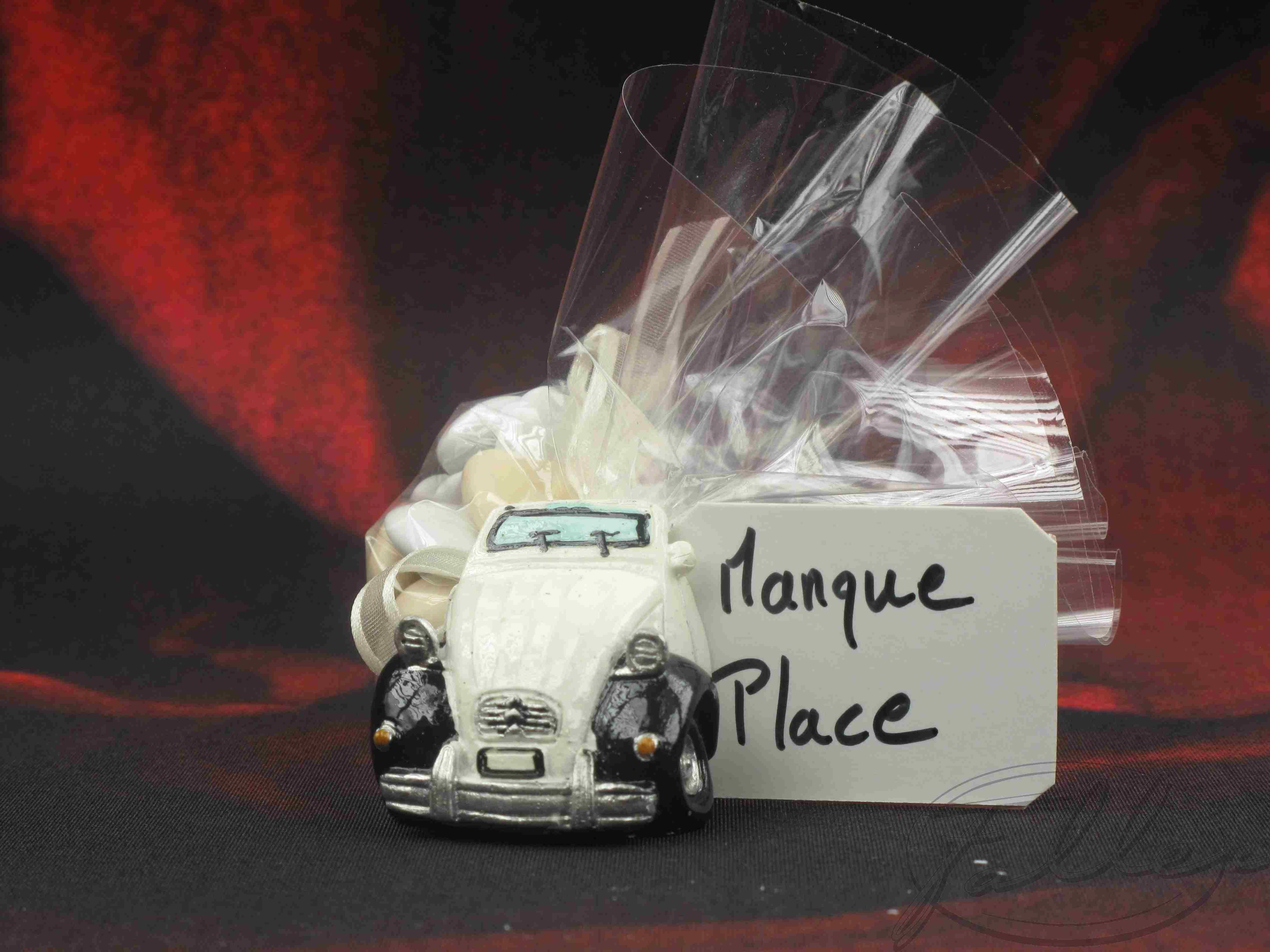 Dragees et voiture mariage 2cv aimant for Decoration 2cv mariage